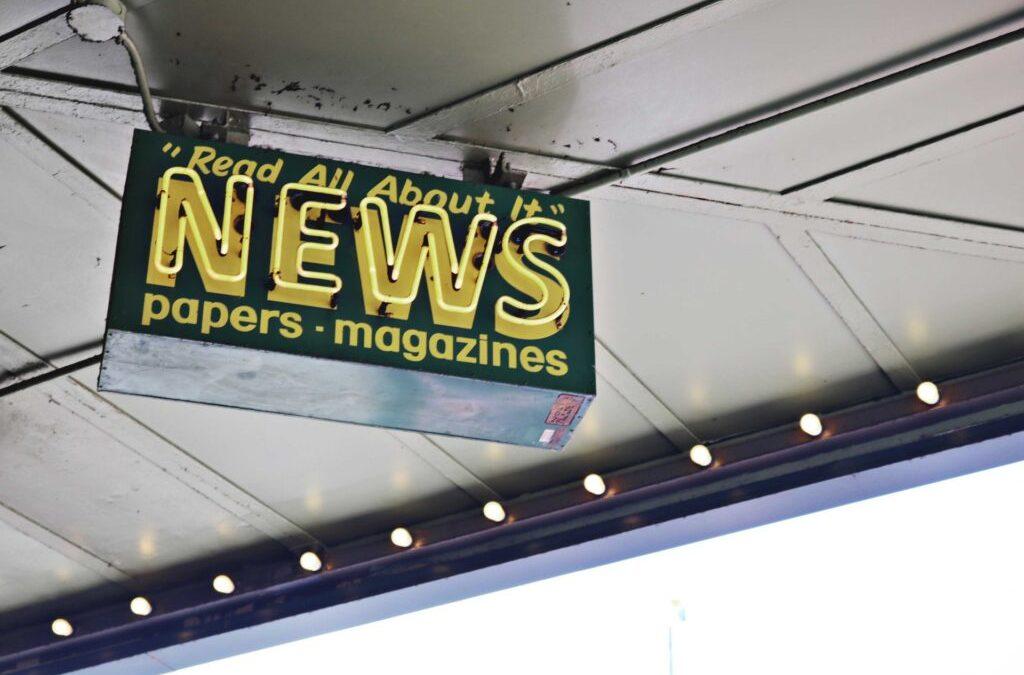 Os meios de comunicação: da missão de informar ao ativismo militante