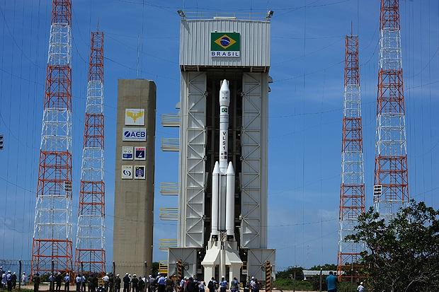 AEB cria programa para fabricação de satélites brasileiros