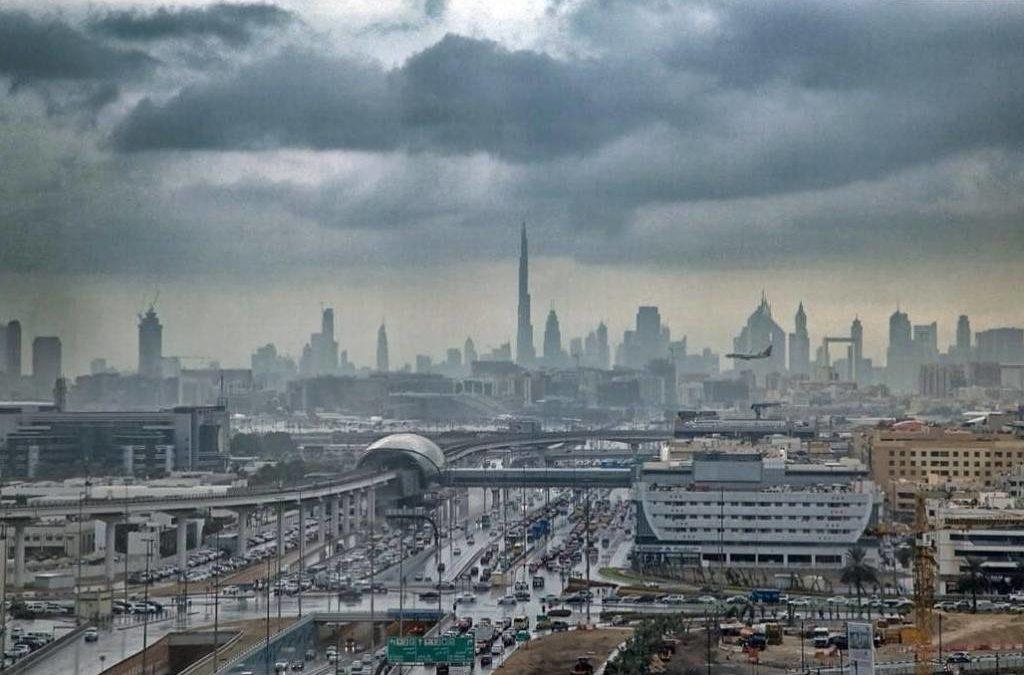 Dubai cria chuva artificial para lidar com a seca