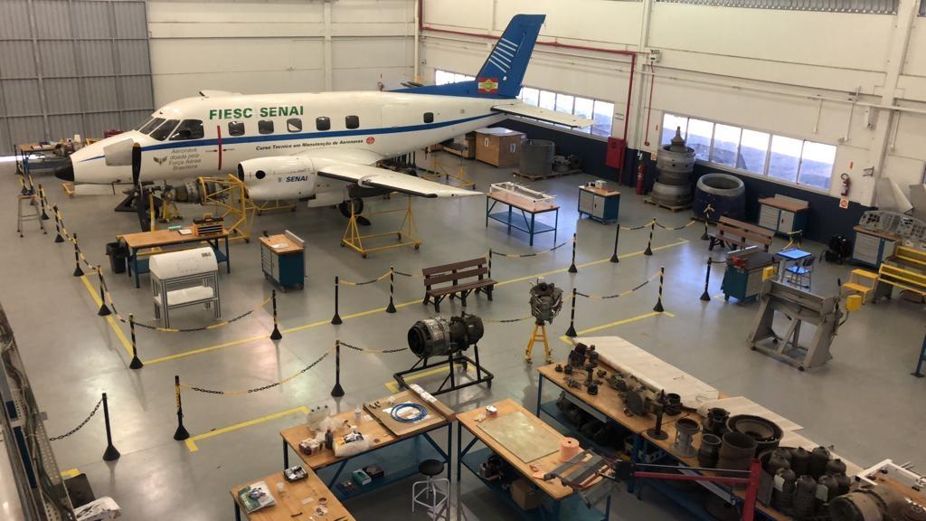 Escola de Aviação do SENAI é classificada como Estratégica de Defesa